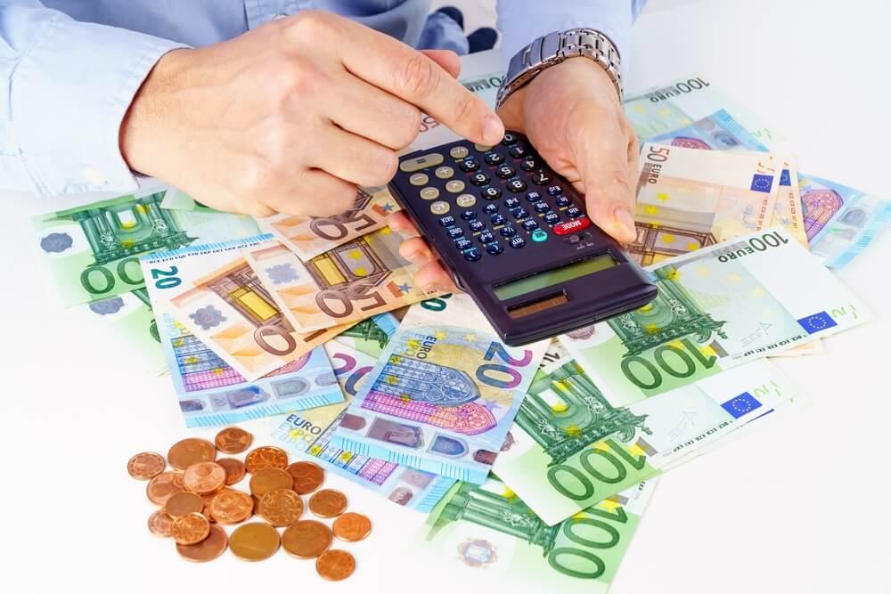 cara mengatur uang tunjangan hari raya