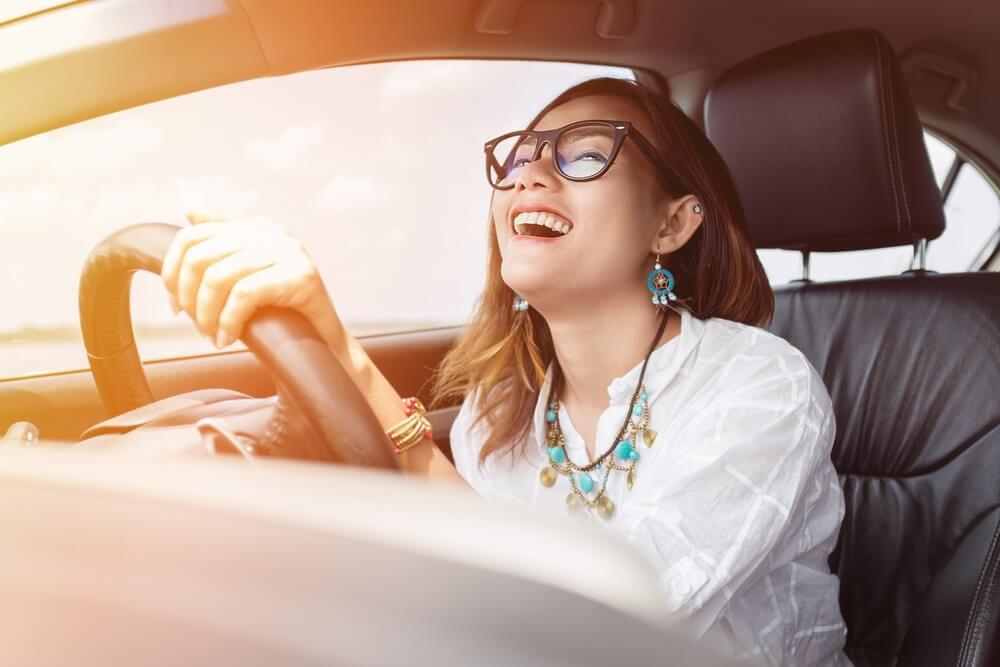 belajar nyetir mobil untuk wanita